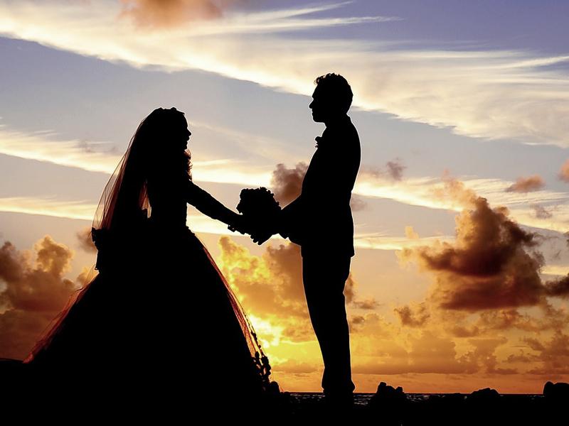 wedding-abroad-traditional